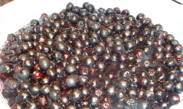 Рецепт Варенье из черноплодной рябины