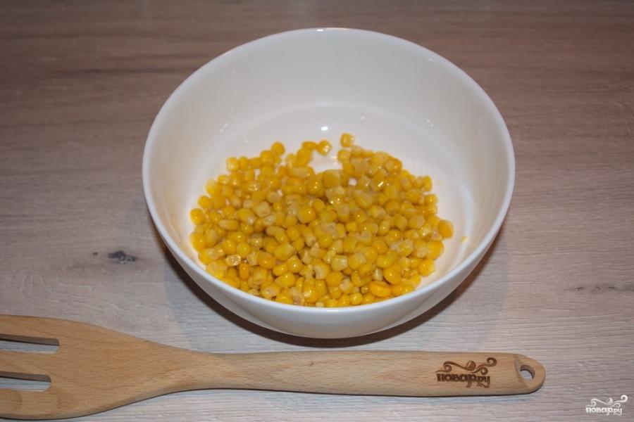 Легкий салат с крабовыми палочками - фото шаг 1