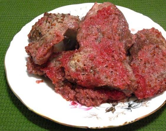 Свинина со смородиной в духовке - фото шаг 10