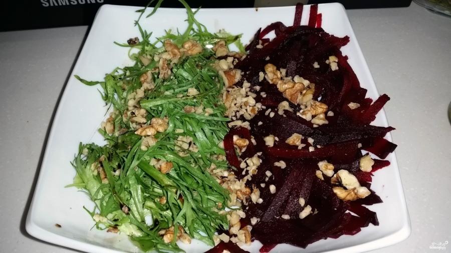 Салат из вареной свеклы - фото шаг 7