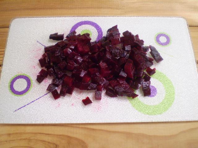 Салат к вареникам - фото шаг 4
