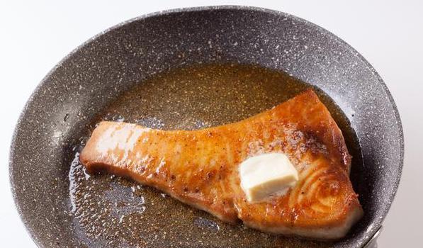 Жареная рыба-меч - фото шаг 5