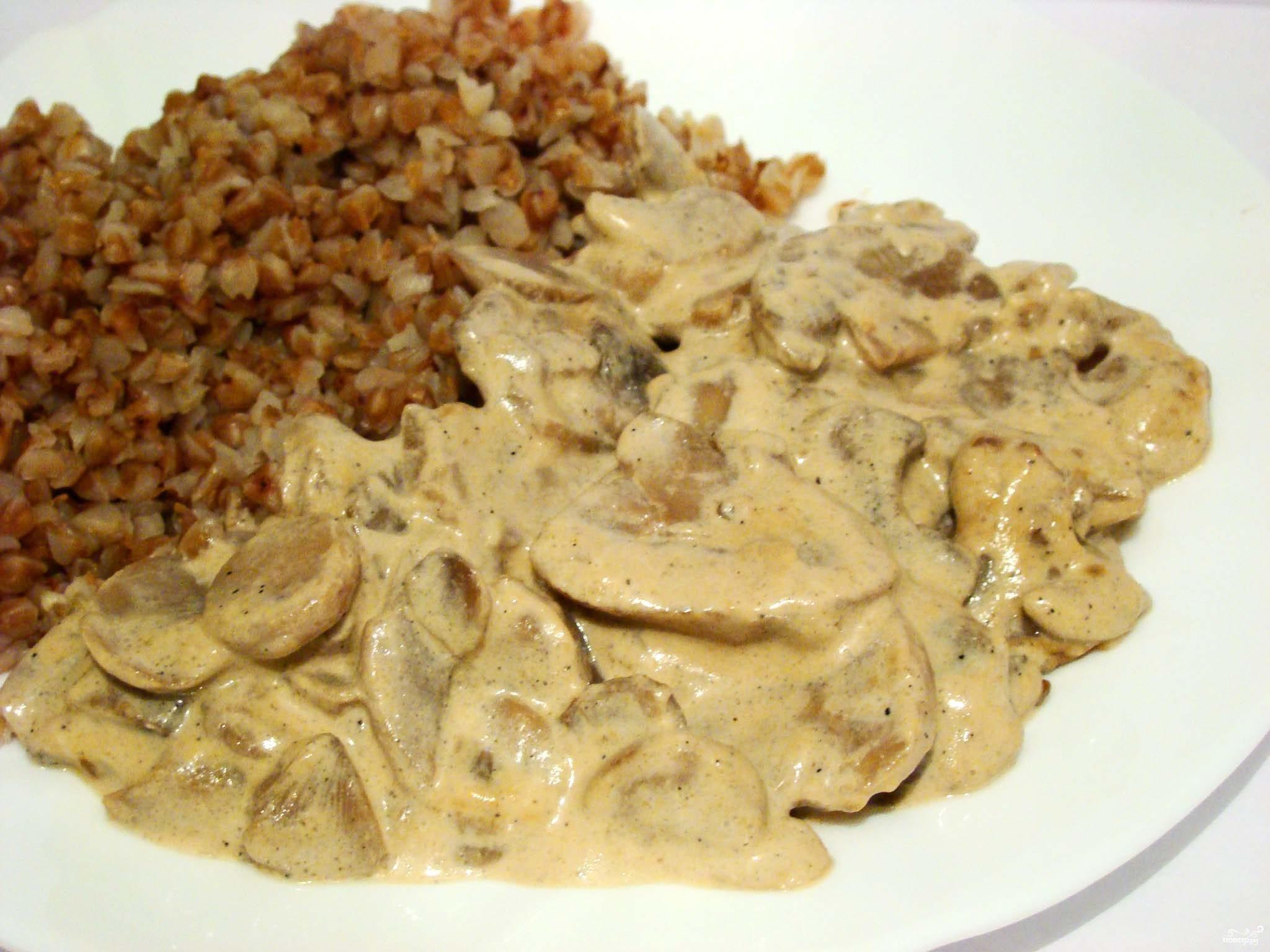 Рецепт Шампиньоны в сметанном соусе