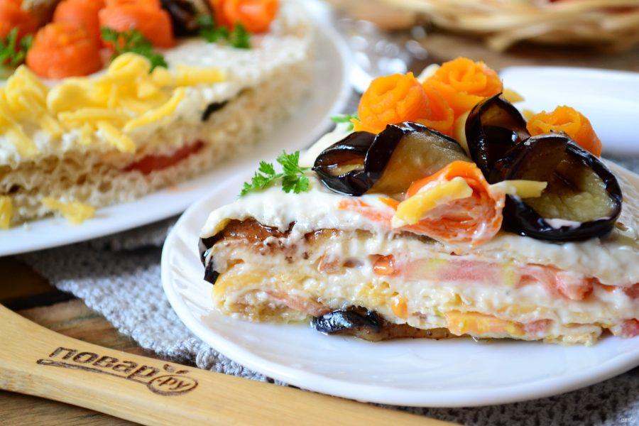Торт из баклажанов с помидорами и сыром