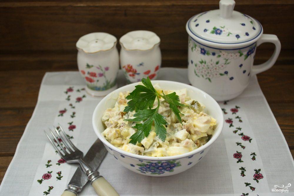 Салат с курагой  и курицей