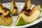 Запеченные яблоки с корицей