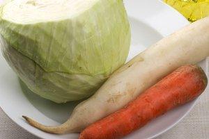 Рецепт Свежий салат из капусты с морковью