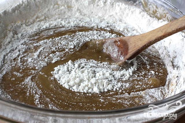 Ореховые пирожные со сливочным соусом - фото шаг 2