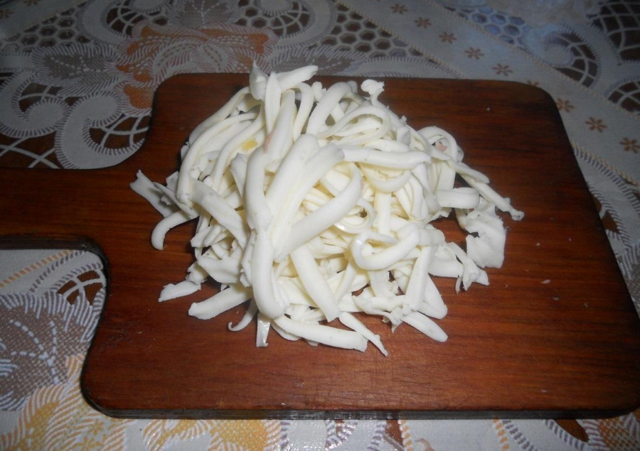 Начинка с колбасой для лаваша - фото шаг 3