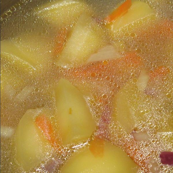 Куриный суп с болгарским перцем - фото шаг 2