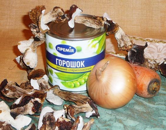 Рецепт Салат из сушеных грибов