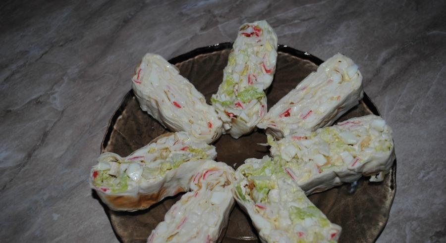 Салат в лаваше с крабовыми палочками с 144