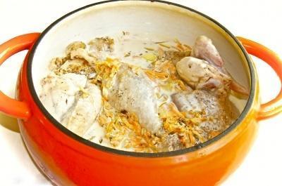 Тушеная курица в кастрюле - фото шаг 4