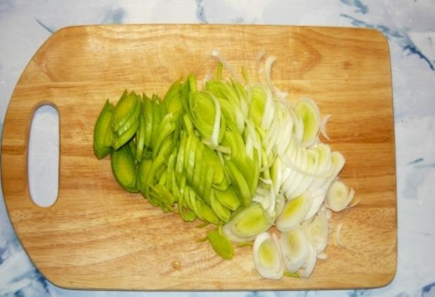 Куриный суп с омлетом - фото шаг 3
