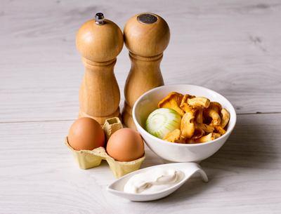Лисички с яйцом рецепт