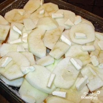 Яблоки, запеченные с черствым хлебом - фото шаг 7