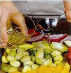 Салат из запечённых овощей - фото шаг 2