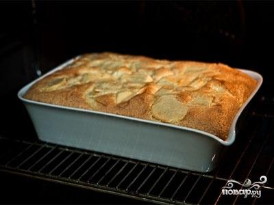 Быстрый сладкий пирог на кефире - фото шаг 5