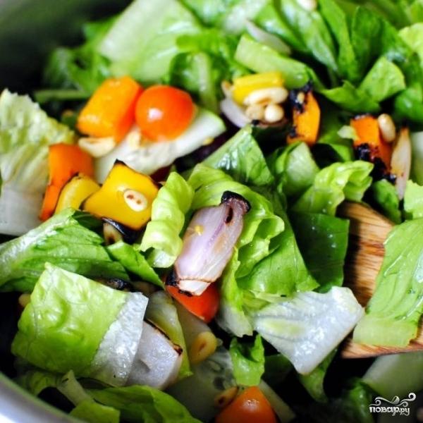 Садовый салат с арахисом - фото шаг 9