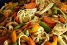 Курица с фасолью и овощами