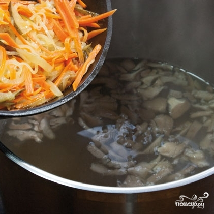 Суп из вешенок - фото шаг 10
