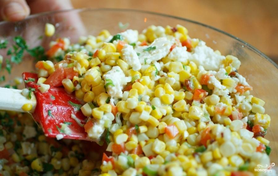 Мексиканский салат с кукурузой - фото шаг 5