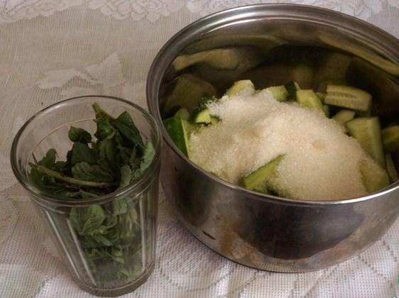 Варенье из огурцов на зиму - фото шаг 2