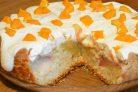 Нежный пирог с персиками