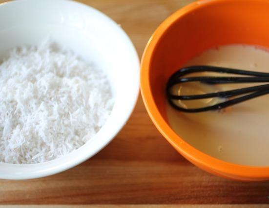 Кокосовый пудинг с карамельным соусом - фото шаг 2