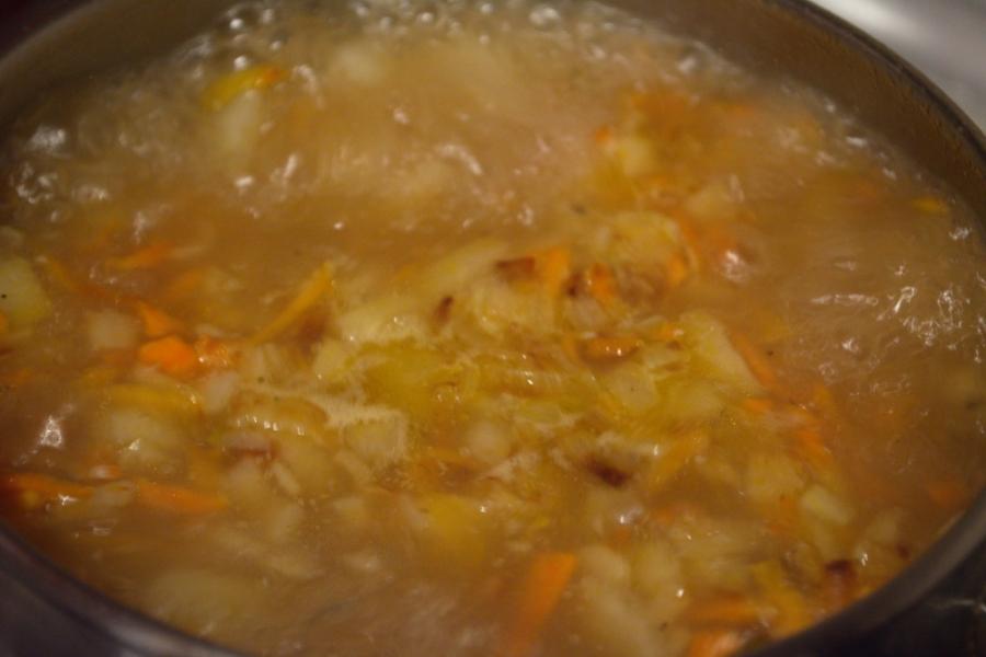 Рыбный суп с картофелем - фото шаг 7