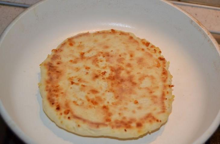 Сырные лепешки - фото шаг 7