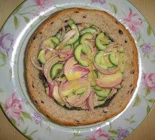 "Сэндвич с салатом ""Ницца"" - фото шаг 8"