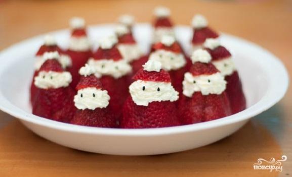 """Рецепт Десерт """"Дед Мороз"""" на Новый год"""