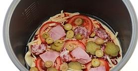Пицца с ветчиной в мультиварке - фото шаг 7