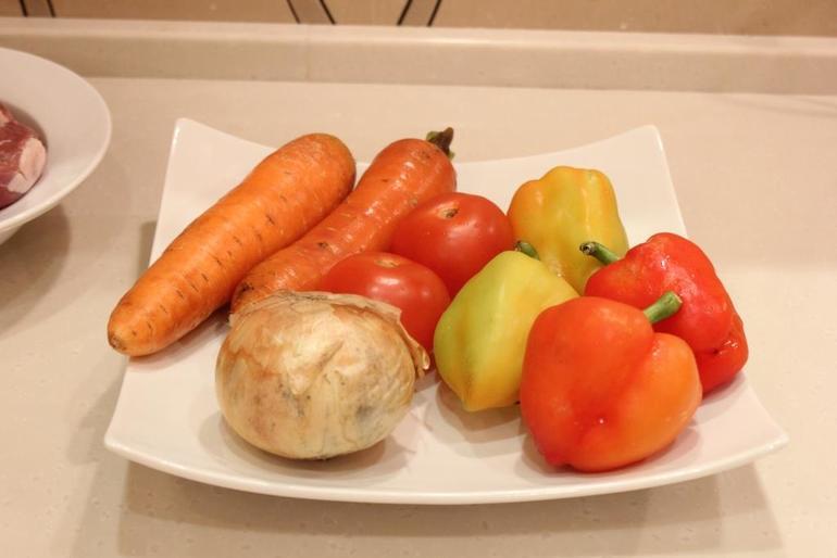 Рецепт Свинина с овощами на сковороде