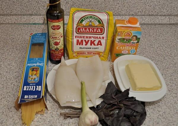 Рецепт Кальмары под соусом бешамель