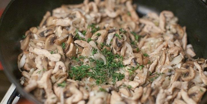 Карбонара с курицей и сливками - фото шаг 9