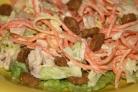 Салат с корейской морковкой и сухариками