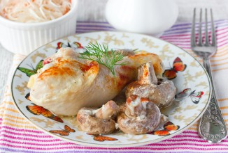 Курица в духовке с шампиньонами - фото шаг 8