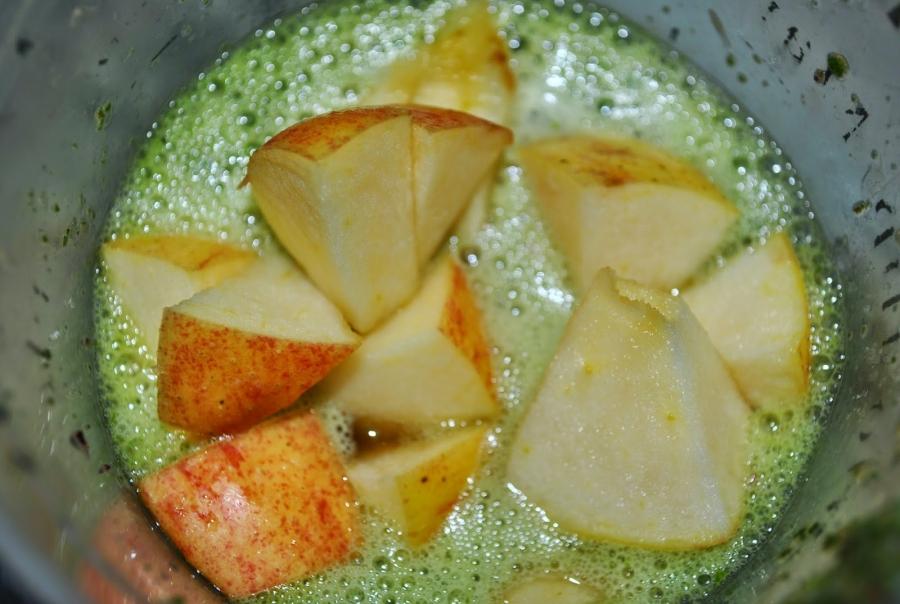 Зеленый коктейль со свеклой - фото шаг 4