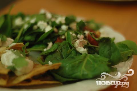 Рецепт Салат из шпината с козьим сыром