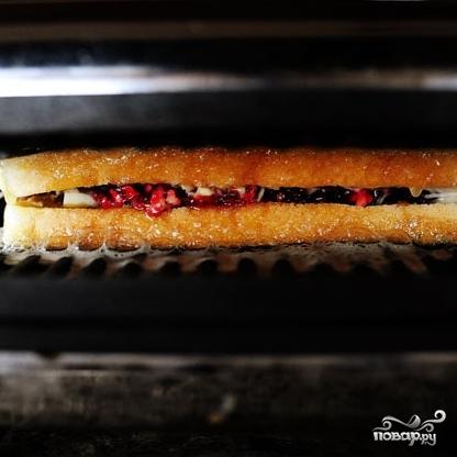Швейцарский бутерброд с индейкой - фото шаг 7