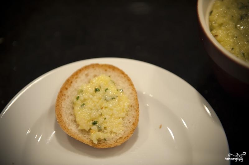 Гренки с сыром и чесноком - фото шаг 8