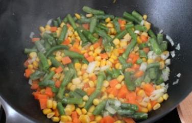 Пангасиус с овощами - фото шаг 2
