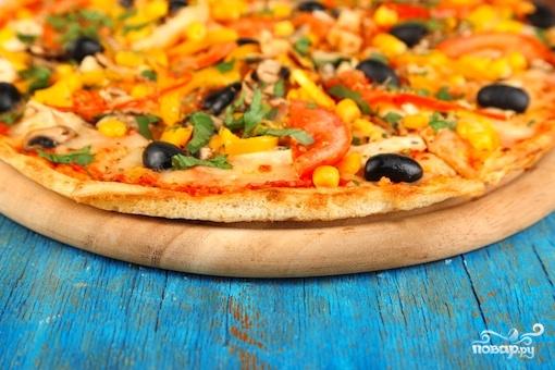 Рецепт Пицца с курицей и кукурузой
