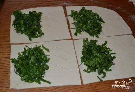 Пирожки со щавелем в духовке - фото шаг 5