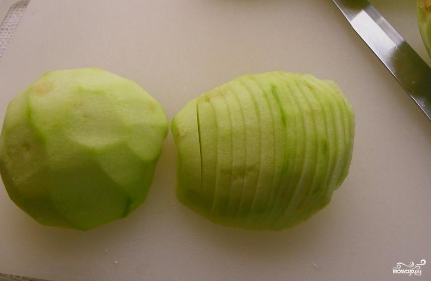 Яблочный пирог из слоеного дрожжевого теста - фото шаг 2