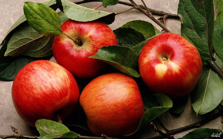 Ржаная шарлотка с яблоками