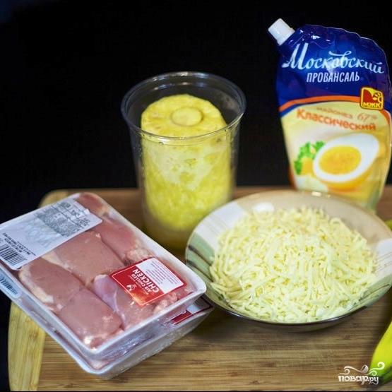 Рецепт Куриное мясо с ананасами и бананами