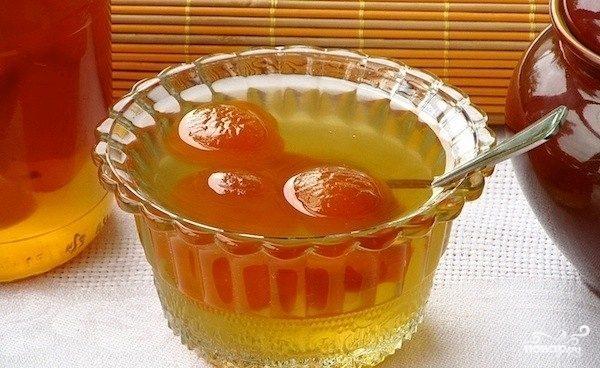 Варенье из абрикосов с косточками